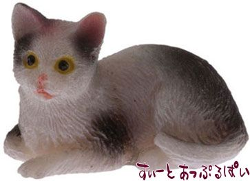 ぶち猫 おすわり IM65457