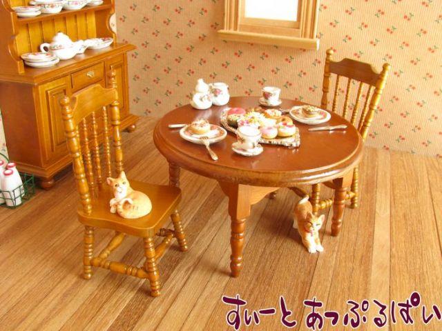 ミニチュアダイニングテーブルセット 円卓+椅子2脚 クルミ色 MTCG182-3W