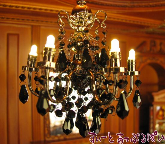 【3V電池式LED照明】 スワロフスキー ブラッククリスタル シャンデリア 6灯 HKL-CR-888