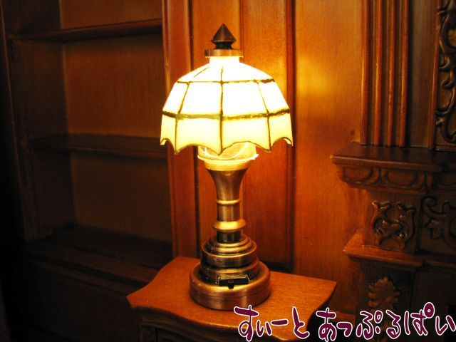 【3V電池式LED照明】 テーブルランプ ティファニー ホワイト HKL-TL-012C