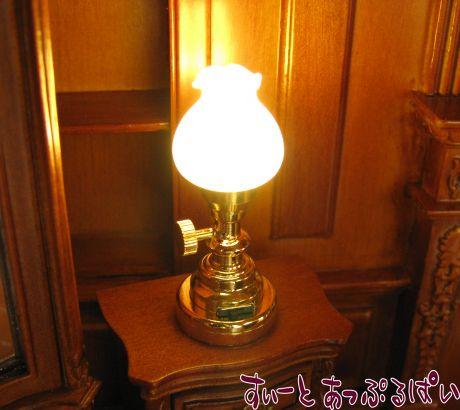 【3V電池式LED照明】 フロストグラスの卓上ランプ HKL-TL-025
