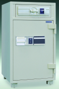 RC109 ダイヤセーフ カード式耐火金庫(夜間投入庫)