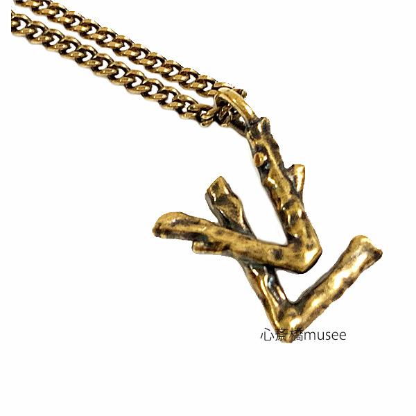 ≪新品≫LOUIS VUITTON メンズペンダント ペンダント・LVトゥイッグ MP2456 ゴールドカラー ヴィンテージ加工 ネックレス ゴールド 2019-20AW 箱・リボンのラッピング