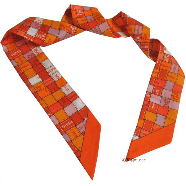≪新品≫エルメス ツイリー「ボルデュック・チェック」Bolduc au Carre オレンジX白Xヴューローズ TWILL ORANGE/BLANC/VIEUX HERMES TWILLY 箱 リボン ラッピング