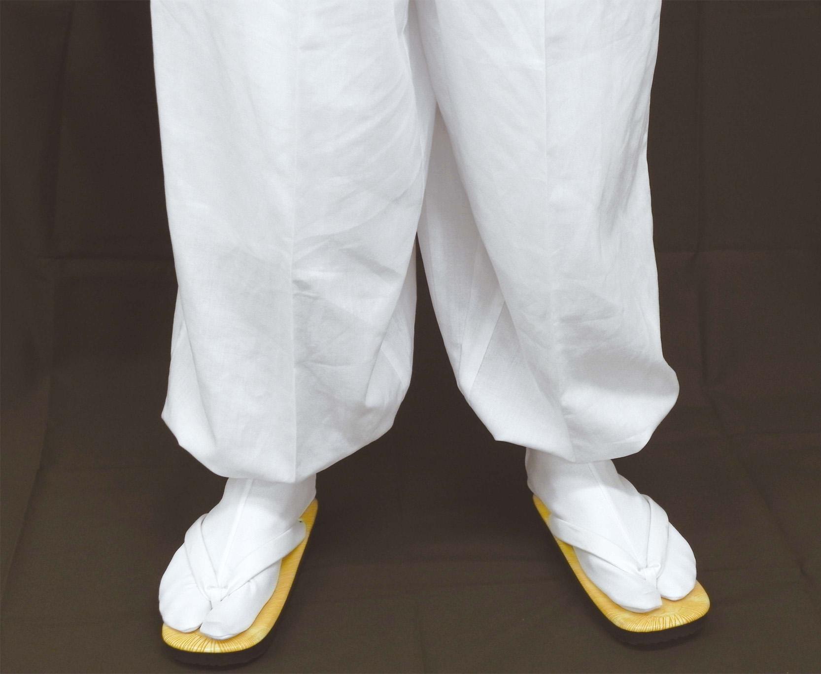 二部式・形状安定綿混薄地白衣 下衣(後部ゴム式裾絞りタイプ)(夏用)【寺院用白衣 男性用 裾がバタつかない!】