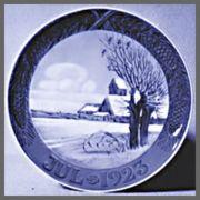 ロイヤルコペンハーゲン  イヤーズプレート  1923年 【お皿立て付き】