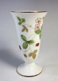 ウェッジウッドWedgwood  ワイルドストロベリー 花瓶 一輪挿し【ウェッジウッド廃盤品/個数限定】