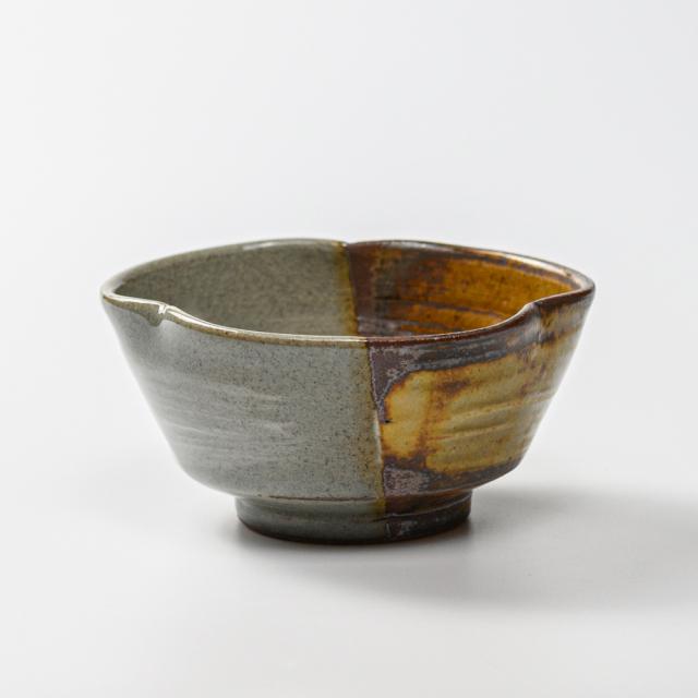 萩焼(伝統的工芸品)小鉢掛分け(刷毛青&鉄釉)三つ葉