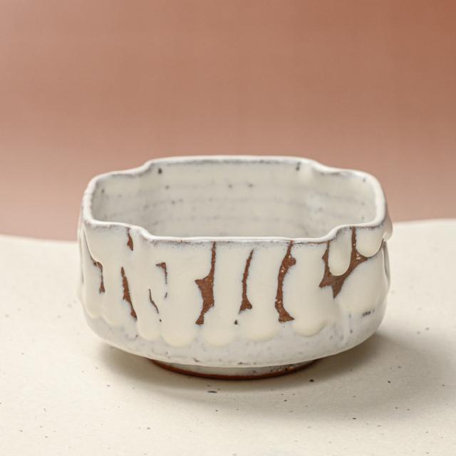 萩焼(伝統的工芸品)小鉢鬼白松四方へこみ