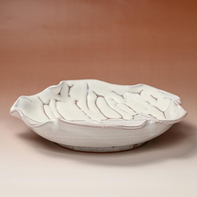 萩焼(伝統的工芸品)平鉢鬼白松木の葉