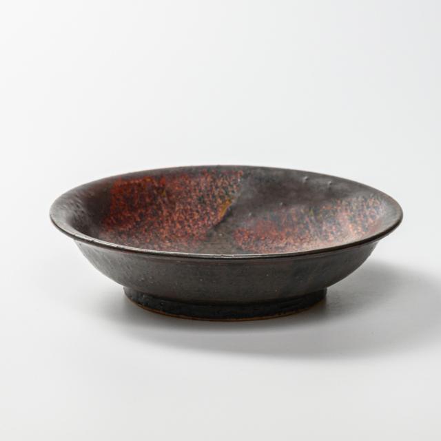 萩焼(伝統的工芸品)平鉢中掛分け(鉄赤釉&黒釉)朝顔