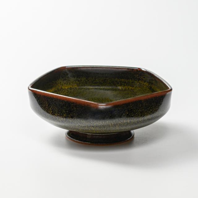萩焼(伝統的工芸品)鉢金黒星釉五角
