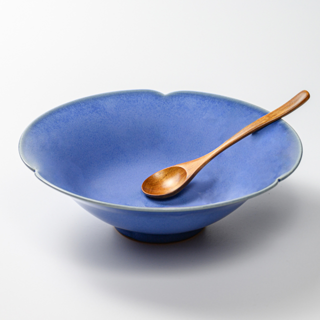 萩焼(伝統的工芸品)深鉢透青釉末広輪花