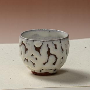 萩焼(伝統的工芸品)汲出し湯呑小鬼白松呉器