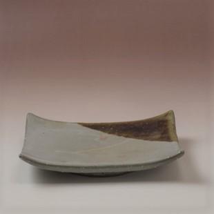 萩焼(伝統的工芸品)平皿中掛分け(御本手&飴釉)四方切落し