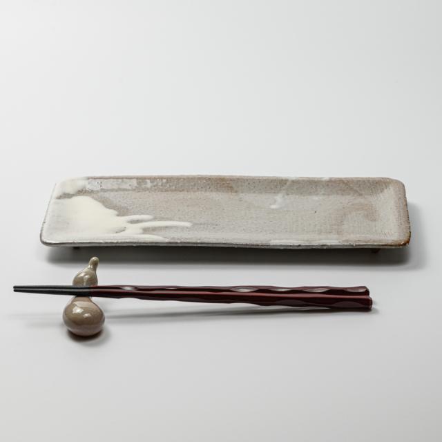 萩焼(伝統的工芸品)タタラ平皿白萩掛分け四方11×24