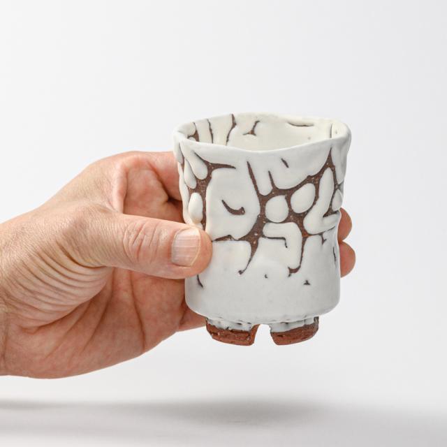 萩焼(伝統的工芸品)湯呑小鬼白松端反えくぼ