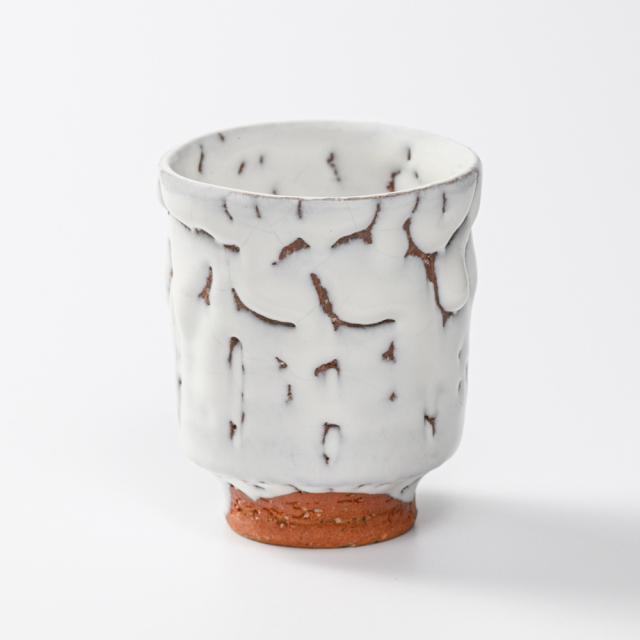 萩焼(伝統的工芸品)湯呑小鬼白松筒線彫No15