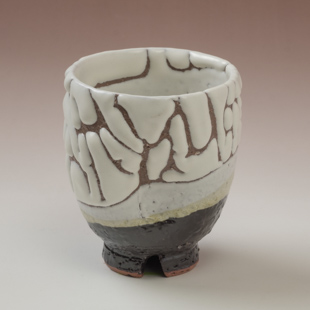萩焼(伝統的工芸品)湯呑掛分け(鬼白荒特&黒釉)呉器ヘラメ