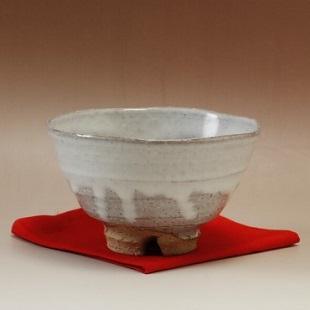 萩焼(伝統的工芸品)抹茶碗白萩掛分け井戸形