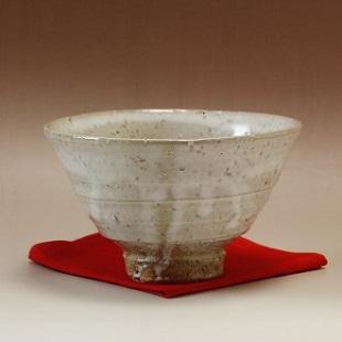 萩焼(伝統的工芸品)抹茶碗上鬼萩荒白井戸形