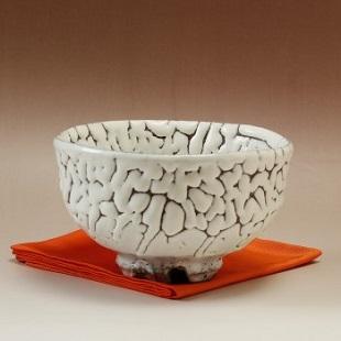 萩焼(伝統的工芸品)抹茶碗特鬼白荒松碗形桜高台