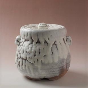 萩焼(伝統的工芸品)水指鬼白竹胴締耳付(共蓋付)