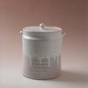 萩焼(伝統的工芸品)水指白萩掛分け肩衝耳付(共蓋付)