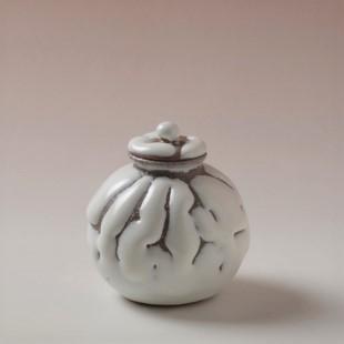 萩焼(伝統的工芸品)茶入鬼白松茄子小(共蓋付)