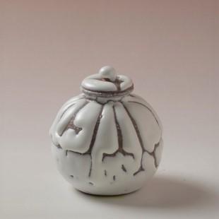萩焼(伝統的工芸品)茶入鬼白松茄子中(共蓋付)