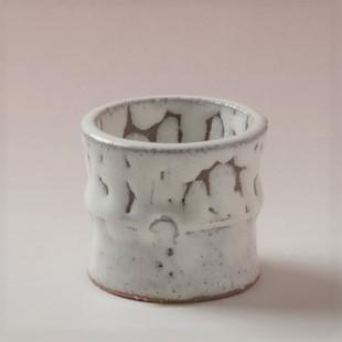 萩焼(伝統的工芸品)蓋置鬼白松竹形