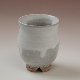萩焼(伝統的工芸品)湯呑白萩掛分け丸
