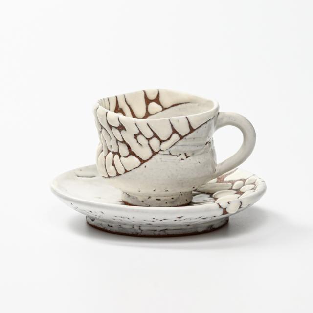 萩焼(伝統的工芸品)カップ&ソーサ鬼白特胴締線彫No517