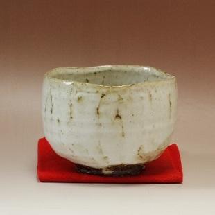 萩焼(伝統的工芸品)抹茶碗わら釉濁り手碗形