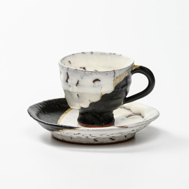 萩焼(伝統的工芸品)カップ&ソーサ掛分け(鬼白竹&黒釉)井戸形No527
