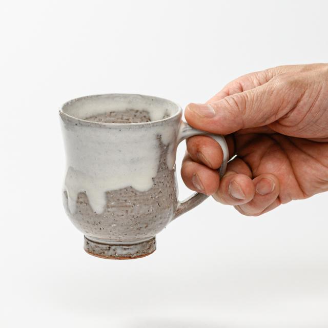 萩焼(伝統的工芸品)マグカップ小白萩掛分け胴締No580