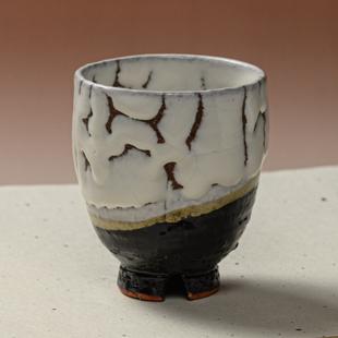 萩焼(伝統的工芸品)湯呑大掛分け(鬼白松&黒釉)呉器ヘラメ