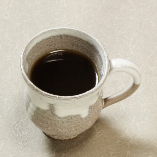 萩焼(伝統的工芸品)マグカップ大白萩掛分け胴締