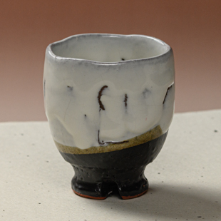萩焼(伝統的工芸品)湯呑大掛分け(鬼白竹&黒釉)呉器ヘラメ