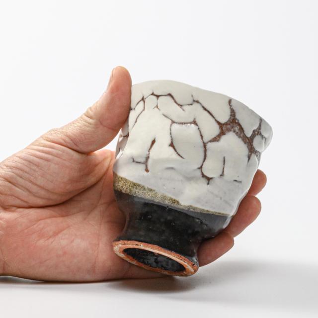 萩焼(伝統的工芸品)フリーカップ掛分け(鬼白松&黒釉)呉器えくぼNo771