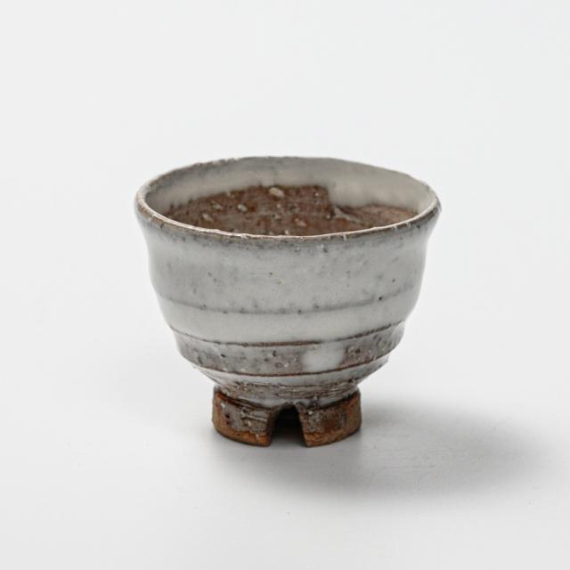 萩焼(伝統的工芸品)ぐい呑白萩掛分け井戸形No838