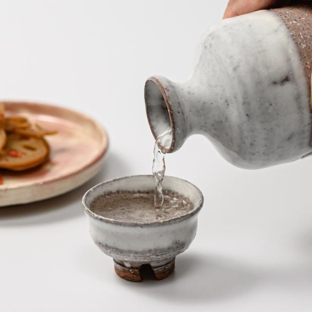 萩焼(伝統的工芸品)ぐい呑白萩掛分け柿の蒂No839