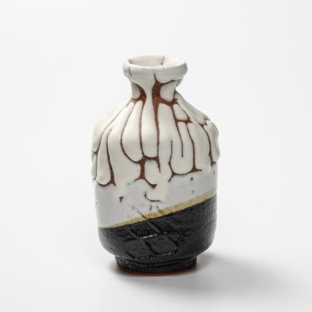 萩焼(伝統的工芸品)徳利掛分け(鬼白松&黒釉)肩衝叩きNo924
