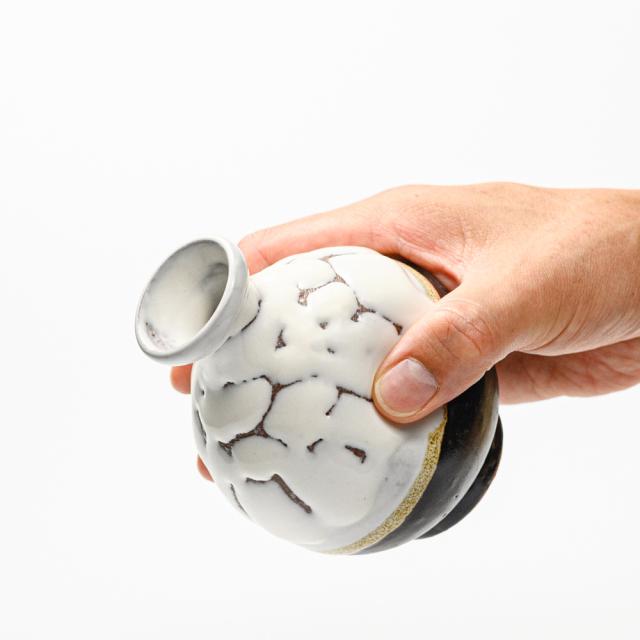 萩焼(伝統的工芸品)徳利掛分け(鬼白松&黒釉)丸えくぼ
