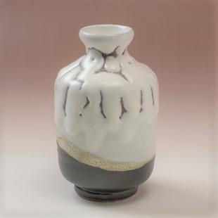 萩焼(伝統的工芸品)徳利掛分け(鬼白松&黒釉)肩衝