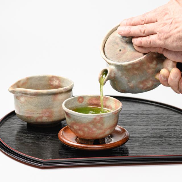 萩焼(伝統的工芸品)急須のイメージ