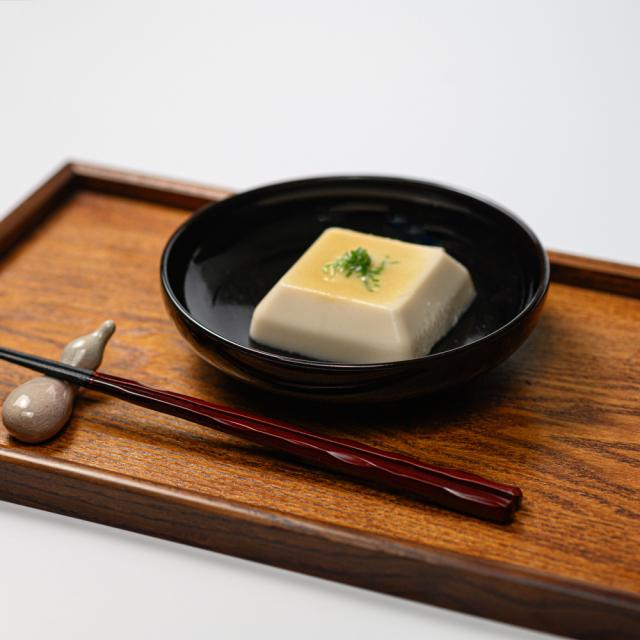 萩焼(伝統的工芸品)平鉢中のイメージ