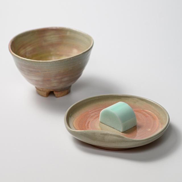 萩焼(伝統的工芸品)銘々皿のイメージ
