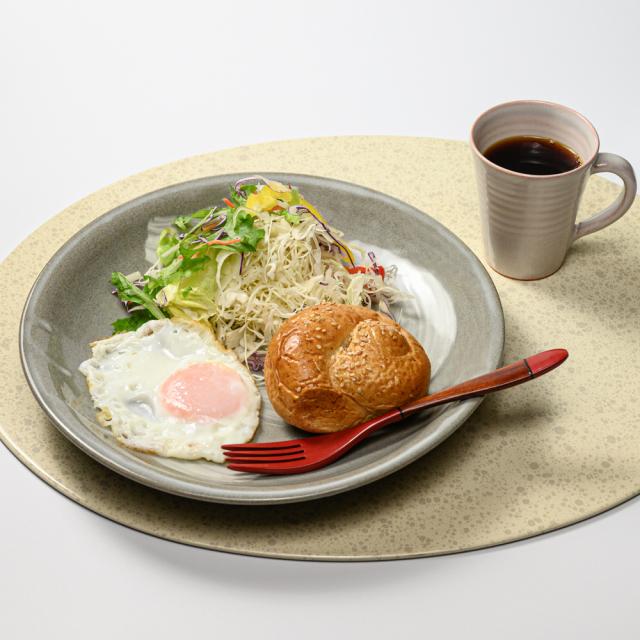 萩焼(伝統的工芸品)大皿のイメージ