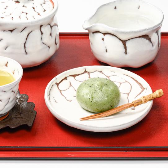 萩焼(伝統的工芸品)小皿のイメージ
